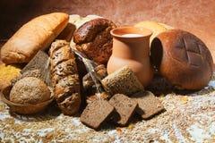 Productos y leche del pan Imagen de archivo libre de regalías
