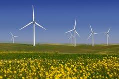 produire des moulins à vent de pouvoir Photographie stock libre de droits