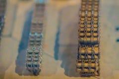Produit témoin des chaînes de rouleau avec des pignons Chaînes et sproc Photos libres de droits