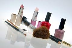 Produits de beauté inclinés Images stock