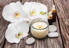 Produits de station thermale avec des orchidées Images libres de droits