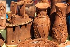 Produits faits main d'argile Fer, vases, cuvette Images stock