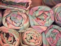 Produits locaux rosâtres de textile tissé, Thaïlande Images stock