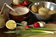 Produits pour la salade de pommes de terre Photographie stock