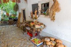Produkte für Verkauf in einem Yard in Österreich, Dorf Rost Lizenzfreie Stockfotografie