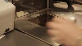 Produkte und Geldkassette stock video footage
