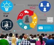 Produkteinführung beginnen oben Rocket Strategy Plan Planning Concept Stockbild