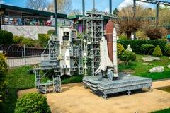 Produkteinführungsplattform der NASAs Apollo in miniland Legoland Windsor Ausstellung stockfotografie