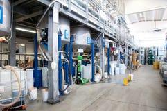 Produktion des industriellen Schmieröls Lizenzfreie Stockfotos