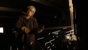 Produktionen av järn stock video
