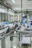 Produktionsdetails für Verordnungsgläser im optischen secto Stockfotografie