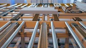 Produktionsutrustning på växten, enhetsbältelinje på fabrik, stock video