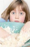 Produrre la pasta d'impastamento del pane Immagini Stock Libere da Diritti