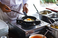 Produrre uovo fritto fotografia stock