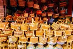 Produto de bambu da cestaria a lembrança a mais famosa de Tailândia imagem de stock