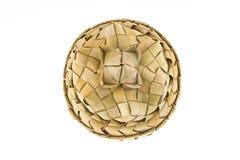 Produto do rattan, cesta com tampa, vista superior Fotografia de Stock Royalty Free