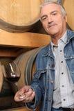 Produtor maduro do vinho Fotografia de Stock Royalty Free
