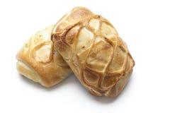 Produtos da padaria no fundo branco Fotos de Stock