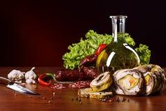 Produtos de carne com vegetais e especiarias Imagem de Stock Royalty Free