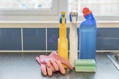 Produtos de limpeza múltiplos Fotografia de Stock Royalty Free