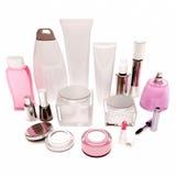Produtos do cuidado da pele, cabelo, cosméticos decorativos nos vagabundos brancos imagem de stock royalty free