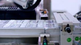 Produtos médicos na linha de produção farmacêutica Planta farmacêutica filme