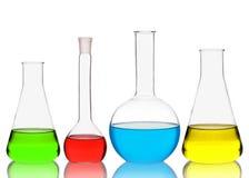 Produtos vidreiros da química isolados no fundo branco Imagens de Stock Royalty Free