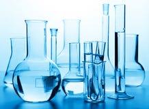 Produtos vidreiros de laboratório químicos Imagens de Stock Royalty Free