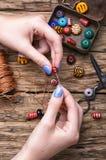 Produttore dei gioielli delle donne Immagini Stock Libere da Diritti