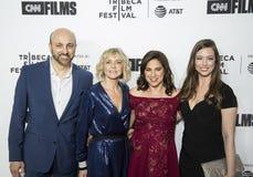Produzenten und Direktor Arrive für 17. Tribeca-Film-Festival-offene Nacht stockfotografie