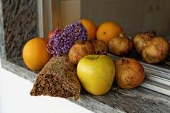 Produzido e frutos Fotografia de Stock Royalty Free