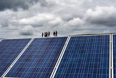 Produzieren der elektrischen Energie Stockfotografie