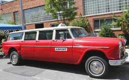 Produzierte Auto 1967 Kontrolleur Aerobus A12 durch Checker Motors Corporation Stockfotos