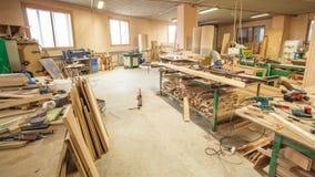 Produzione dell'officina delle porte di legno Immagini Stock Libere da Diritti