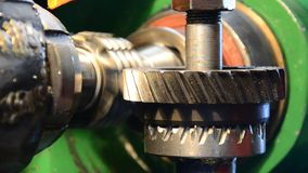 Produzione della ruota dentata stock footage