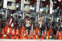 Produzione delle bottiglie Immagine Stock