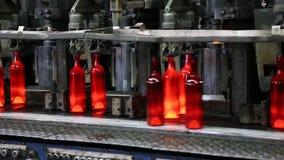 Produzione delle bottiglie di vetro per vino Pianta di vetro archivi video