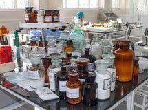 Produzione farmaceutica delle droghe Fotografia Stock