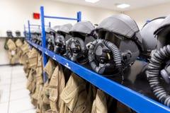 Proef de uniformenkleedkamer van vechtersvliegtuigen royalty-vrije stock afbeeldingen