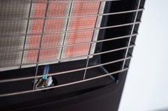 Proef-vlam op een draagbare gasverwarmer royalty-vrije stock afbeelding
