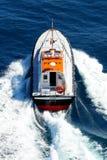 Proefboot in navigatie royalty-vrije stock afbeelding