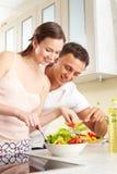 Proevende salade Stock Foto