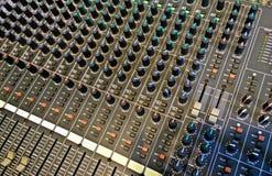 Profesional audio kontrola dla dj i soundstudio Obrazy Stock