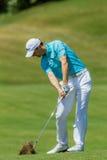 Profesional Michael Hoey Swinging del golf Imágenes de archivo libres de regalías
