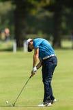 Profesional Tommy Fleetwood Swinging del golf Imágenes de archivo libres de regalías