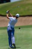 Profesional Tommy Fleetwood Swinging del golf Imagen de archivo
