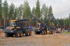 Profesionales en Forest Machine Operator Competition Imagen de archivo libre de regalías
