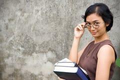 Profesor de sexo femenino asiático Fotos de archivo libres de regalías