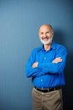 Profesor de sexo masculino mayor confiado Imagenes de archivo