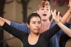 Professeur de danse avec l'étudiant Images libres de droits